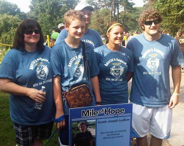Austin's Family At The Mile Of Hope   2011 Jdrf Walk  T-Shirt Photo
