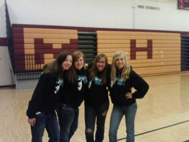 Mhs Varsity Seniors :) T-Shirt Photo