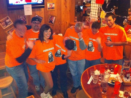 Tebowing At Hooters In Highlander Uniforms T-Shirt Photo