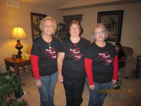 Black Friday Shopping Team T-Shirt Photo
