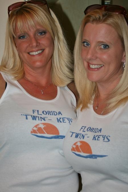 """Twin"" Keys T-Shirt Photo"