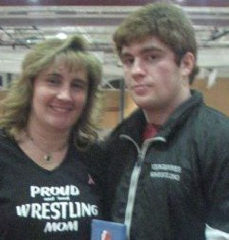 Proud Wrestling Mom! T-Shirt Photo