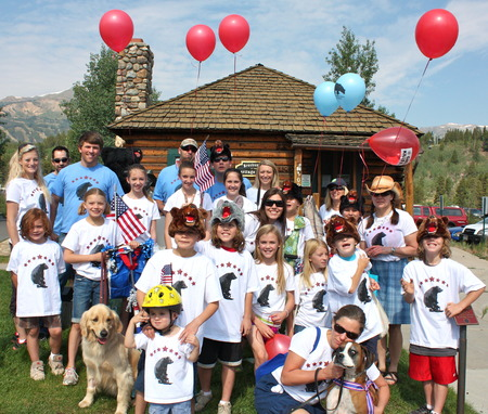 Team Bear Aware   4th Of July Parade T-Shirt Photo