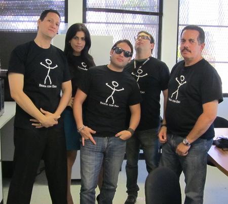 Brega Con Eso! / Deal With It! T-Shirt Photo