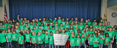 Let Us Pause For A Moment Of Science! School Science Expo Has Record Number Of Participants! T-Shirt Photo