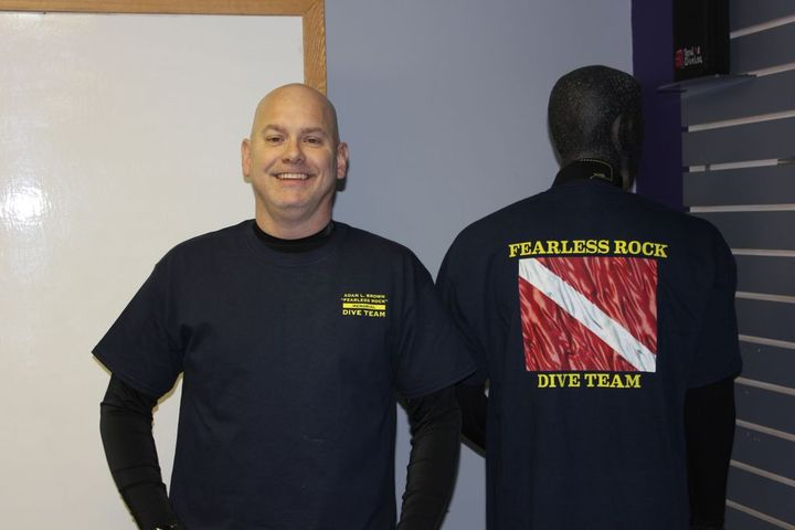Fearless Rock Dive Team T-Shirt Photo