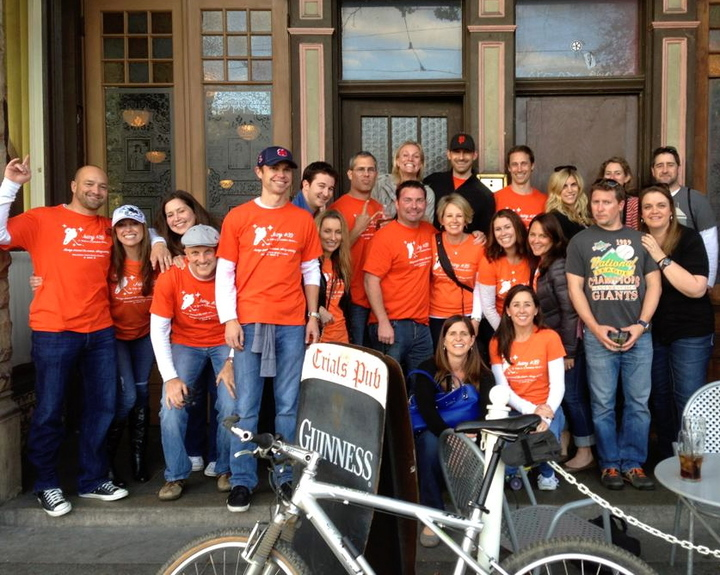 Juicy #39 Bar Crawl T-Shirt Photo