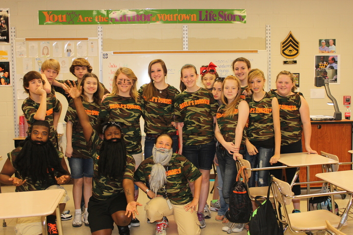 Daigle's Dynasty!  8th Graders Show Off Their Spirit! T-Shirt Photo