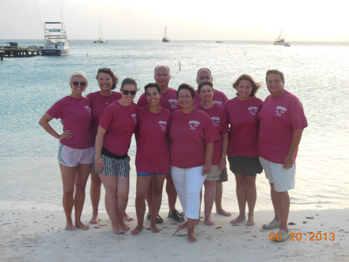 We Love Aruba! T-Shirt Photo