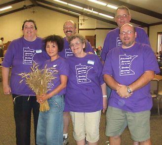 Gramma Liked Purple So... T-Shirt Photo