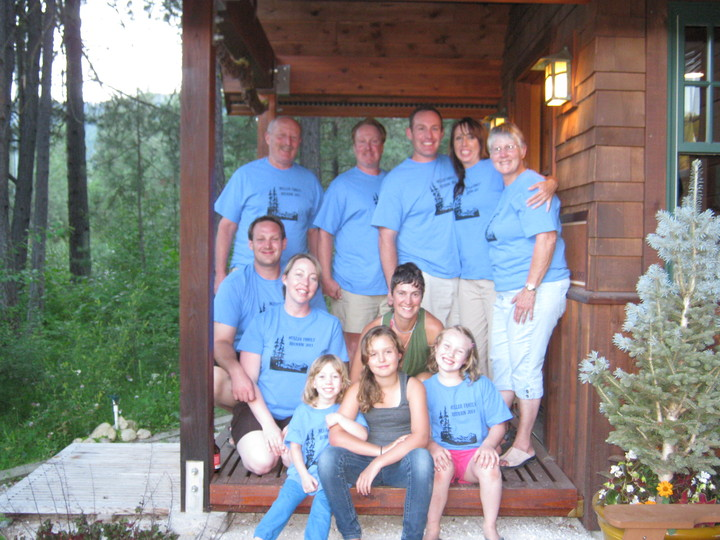 Muller Family Re Union,Leavenworth Wa T-Shirt Photo