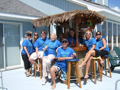 The Traveling Tiki Bar Family Vacation ... T-Shirt Photo
