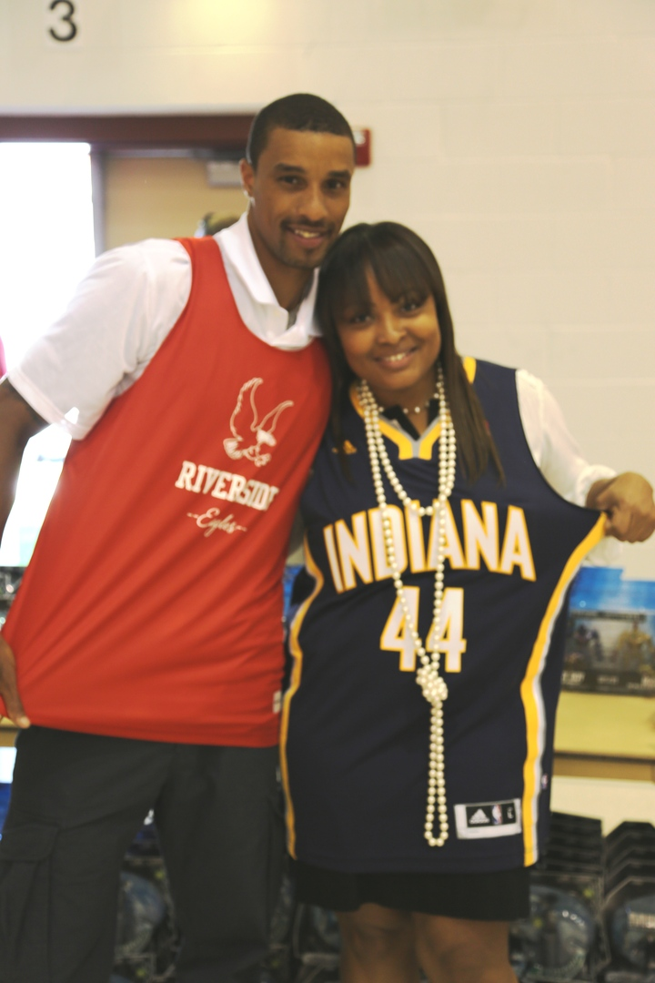 Principal Davis & George Hill T-Shirt Photo