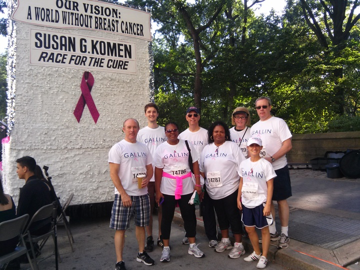 Susan G. Komen Walk, Central Park T-Shirt Photo