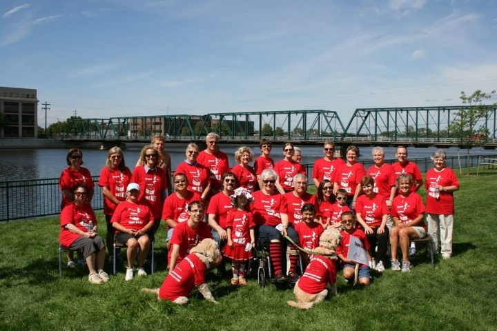 Team Bauer At Walk To Defeat Als T-Shirt Photo