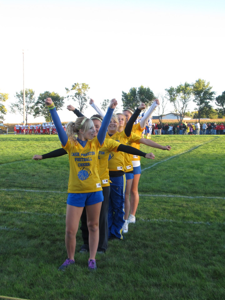 Diver Football Sideline Cheer T-Shirt Photo