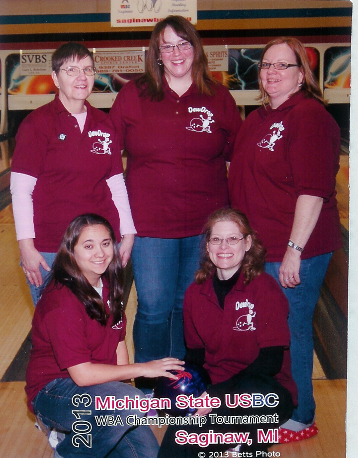 Dew Drop Bowling T-Shirt Photo