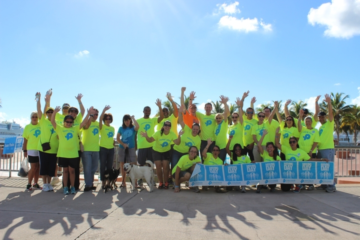 2013 Moving Day Miami   Team Parke Diem T-Shirt Photo