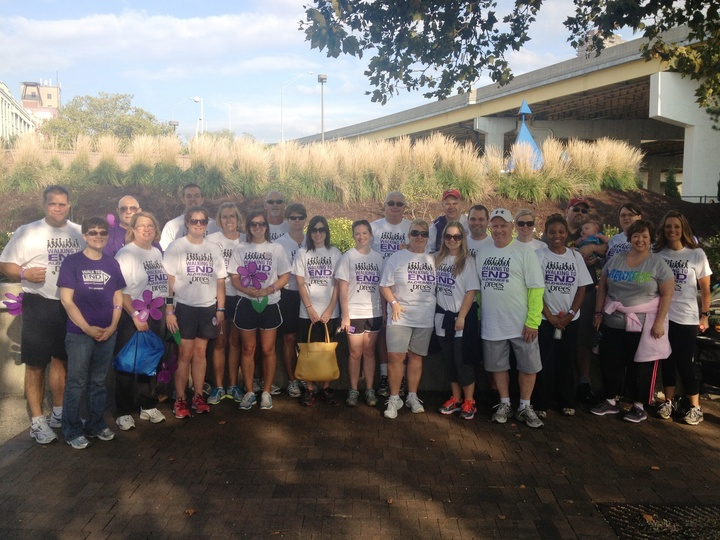 Drees Homes   Walk To End Alzheimer's   Cincinnati T-Shirt Photo