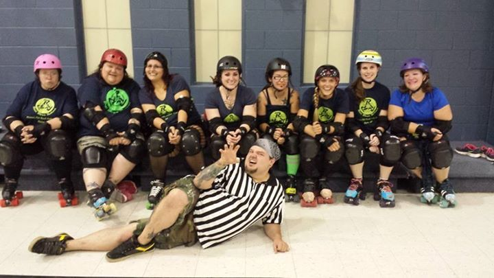 Rrrrraaaaarrrrr...Refs Love Derby Girls In Hot Shirts T-Shirt Photo