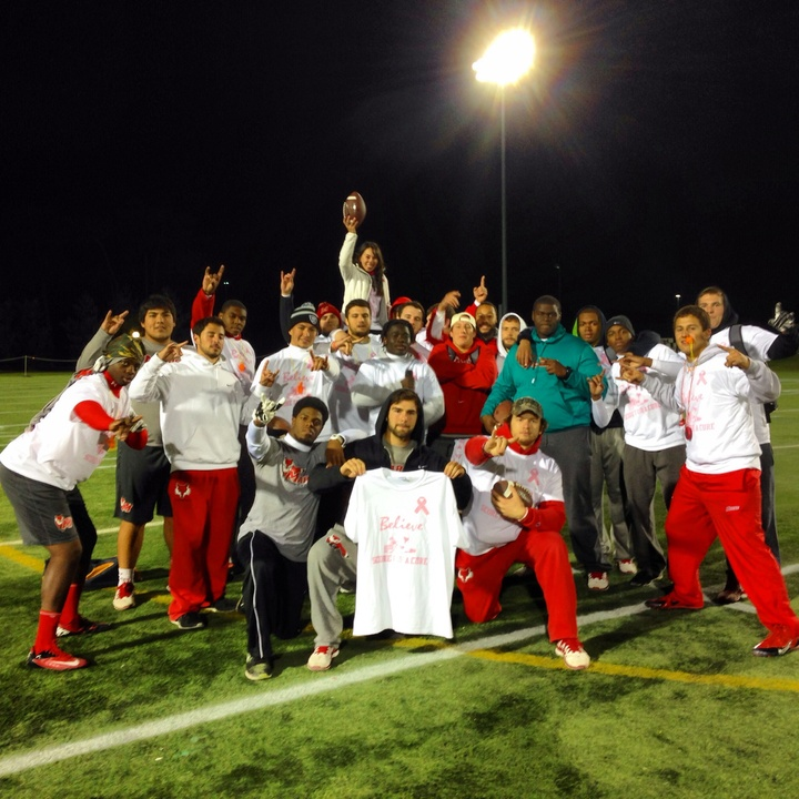 Marist Football Team And Melissa Cordoni At Score For A Cure  T-Shirt Photo