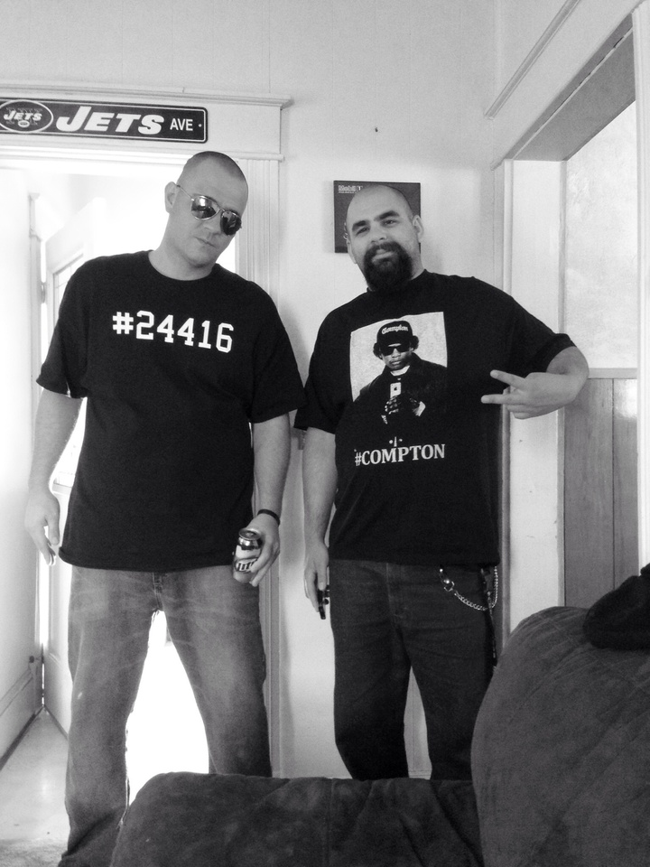 #24416 T-Shirt Photo