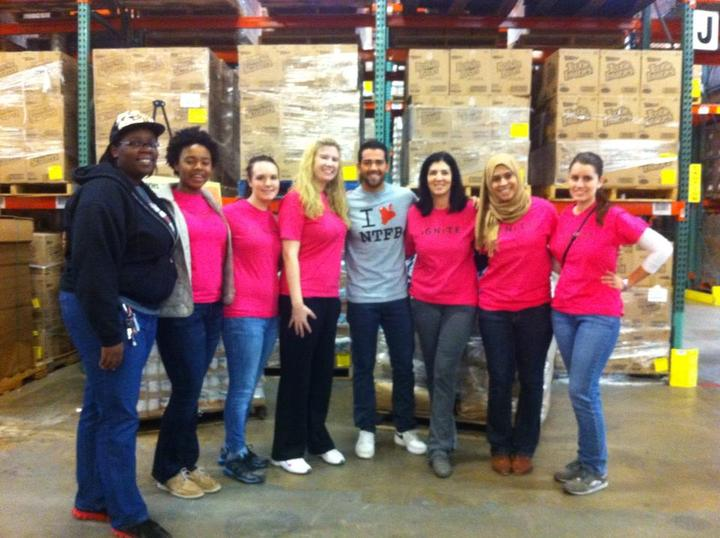 Thanksgiving Volunteers At The North Texas Food Bank T-Shirt Photo