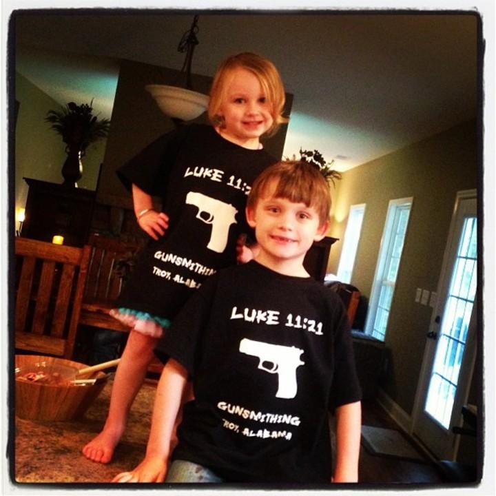 Happy Kids T-Shirt Photo