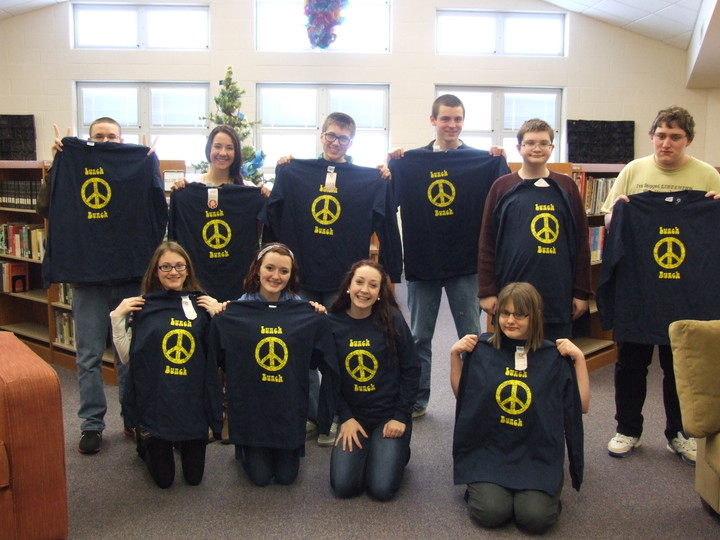 Christmas Gift T-Shirt Photo