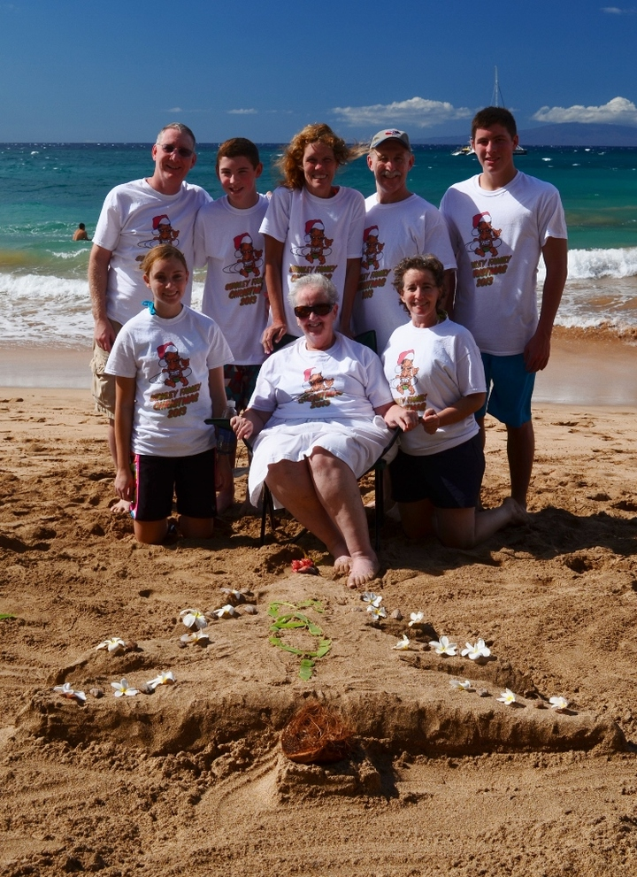 Stanley Family Christmas In Maui T-Shirt Photo