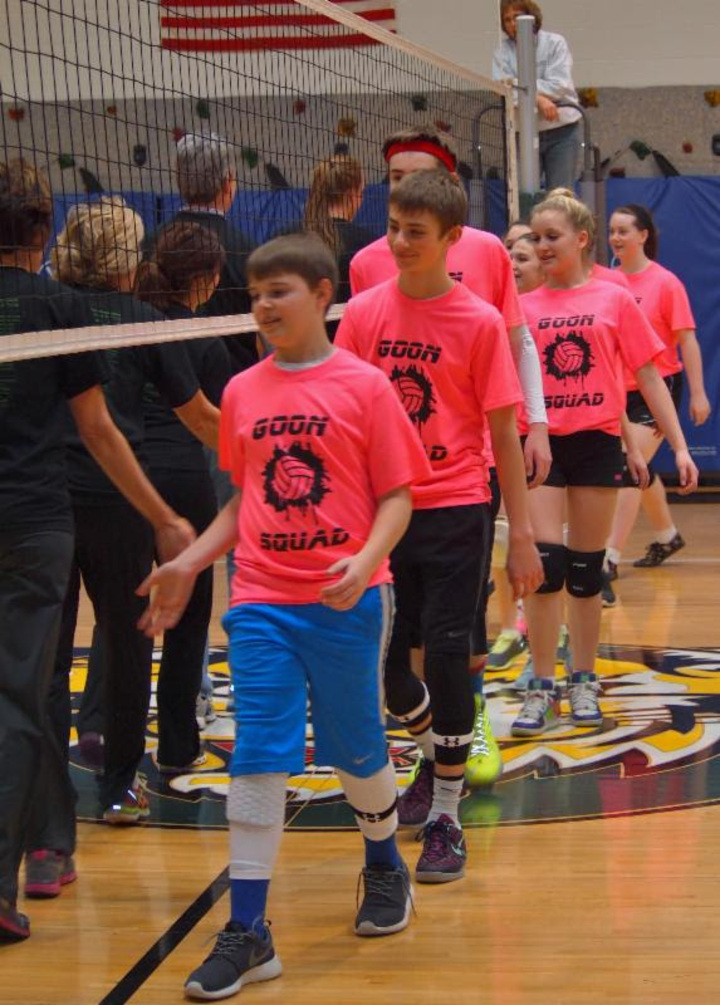 8th Grade Vs. Teacher Volleyball Game T-Shirt Photo