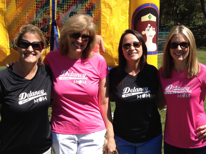 Dp Moms T-Shirt Photo