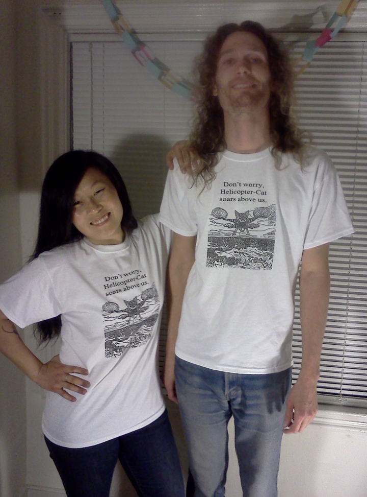 Everybody Look's Good In Helicopter Cat Shirts T-Shirt Photo