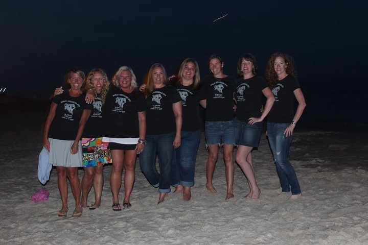 Beach Babes T-Shirt Photo
