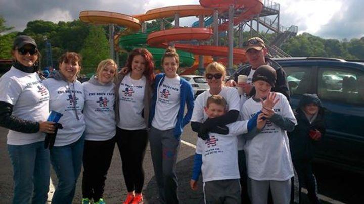 The Drew Crew   Cincinnati Autism Walk 2014 T-Shirt Photo