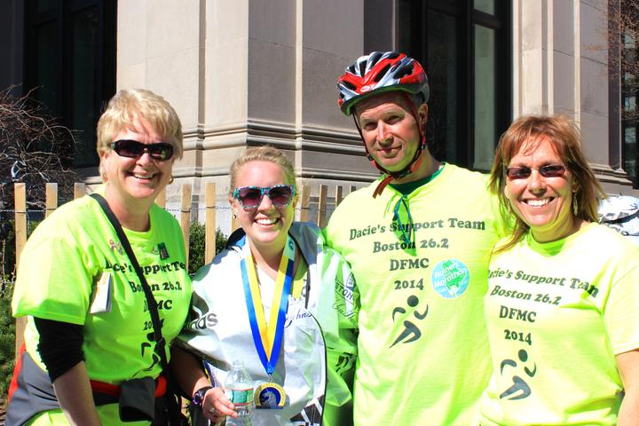 2014 Boston Marathon Support Team T-Shirt Photo