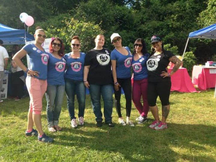 Bully Moms United For A Pi Tastic Cause  T-Shirt Photo