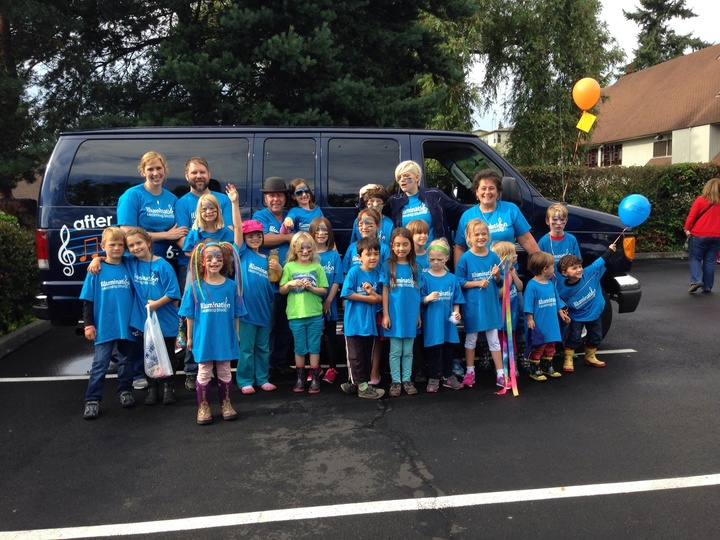 Ils In The Greenwood Seafair Parade T-Shirt Photo