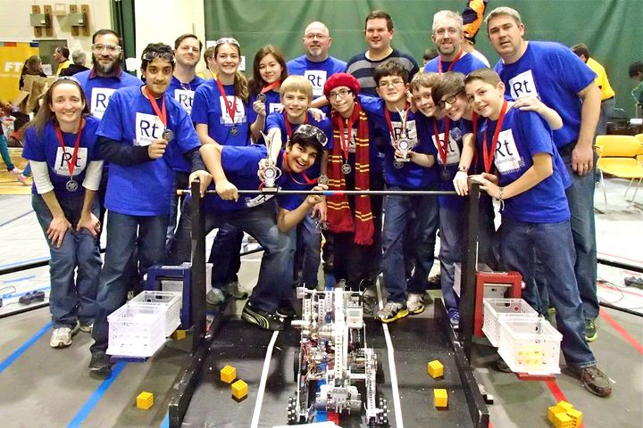 Team 7337   Robotium At Regional Qualifier And On Its Way To The Michigan State Championship T-Shirt Photo