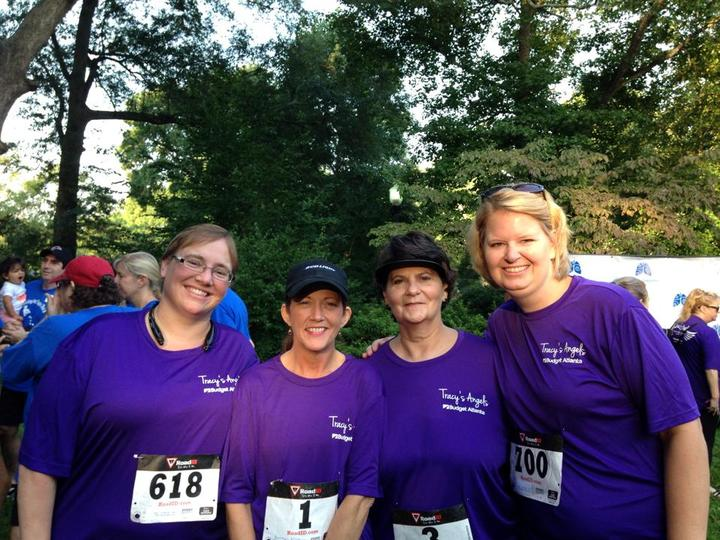 Budget Atlanta Showing Support For Lung Cancer Research At Atlanta Free To Breathe Run/Walk! T-Shirt Photo