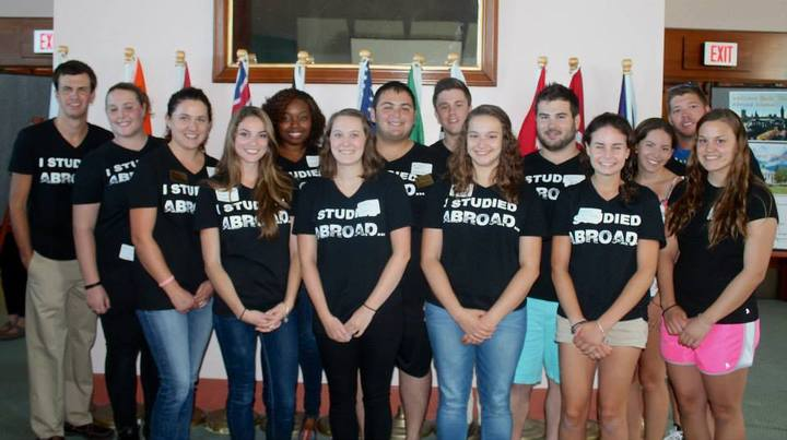 Returnee Study Abroad Students T-Shirt Photo