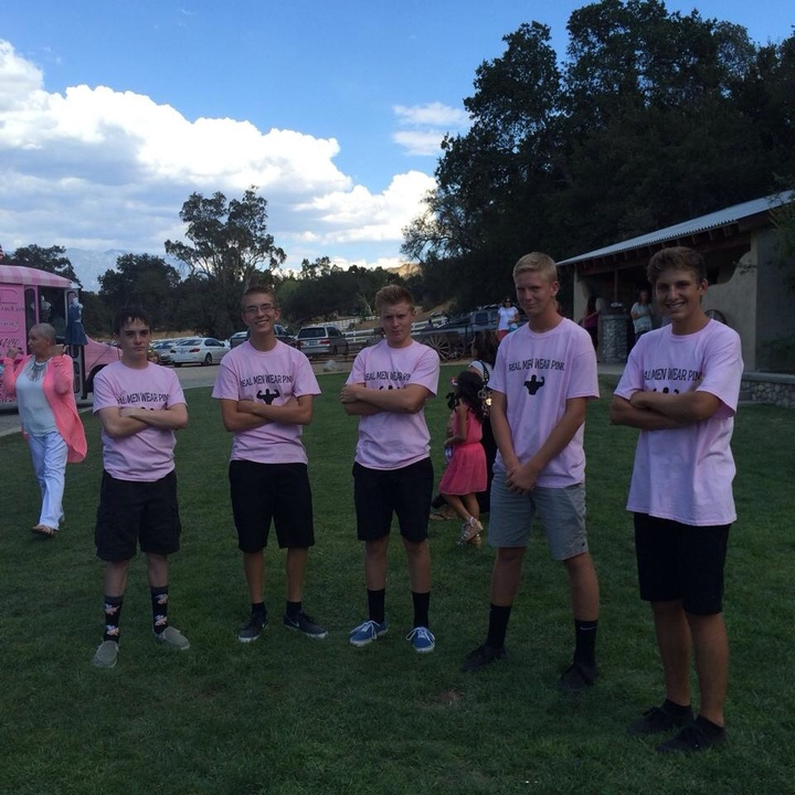 Real Men Wear Pink T-Shirt Photo