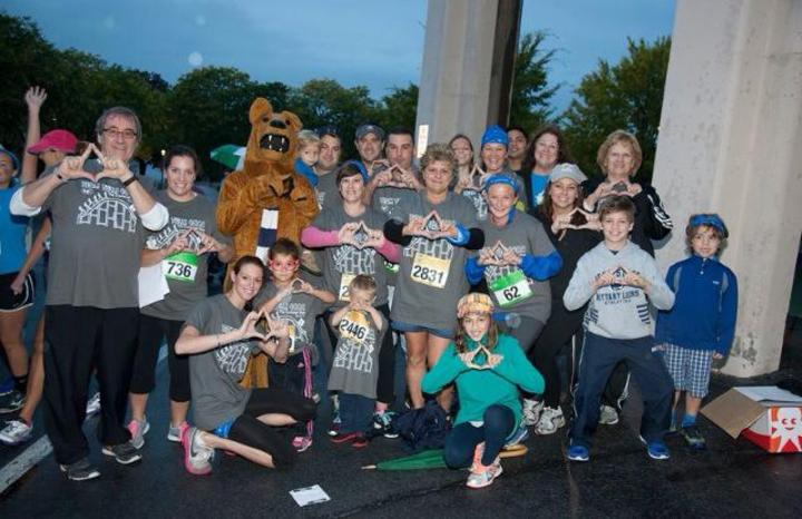 Team Tulli 4 Conquering Childhood Cancer T-Shirt Photo