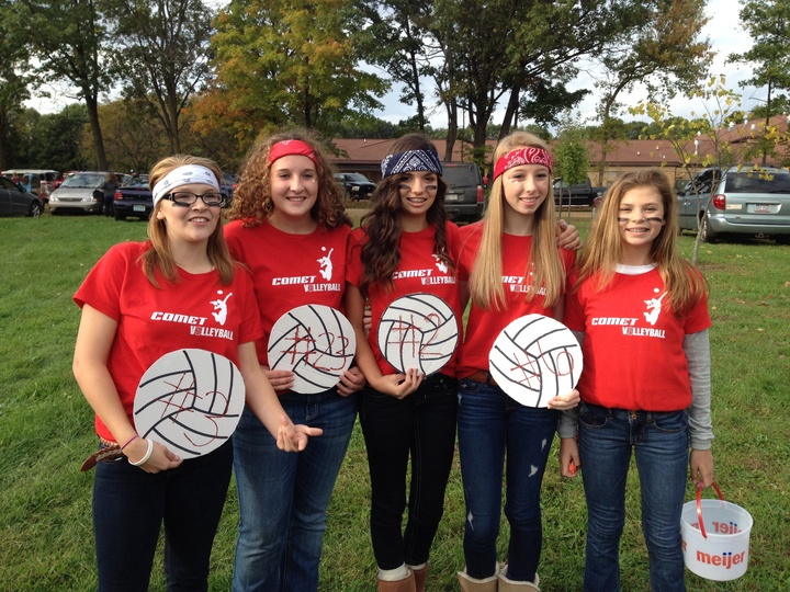 Hh Homecoming 8th Grade Volleyball T-Shirt Photo