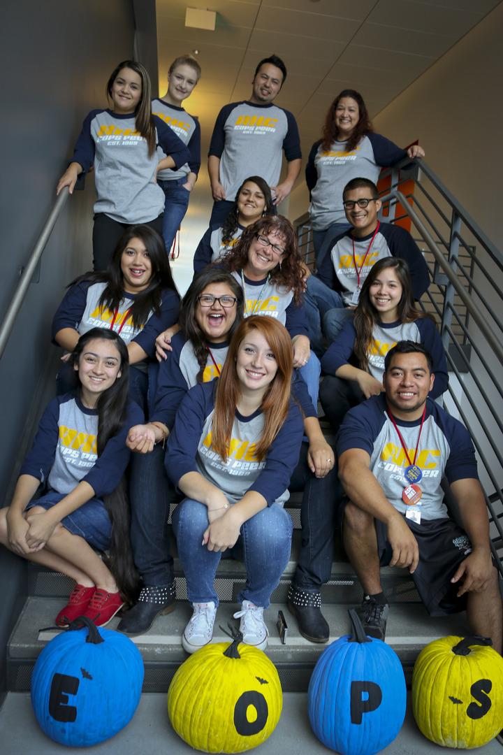 Eops Peer Advisors T-Shirt Photo