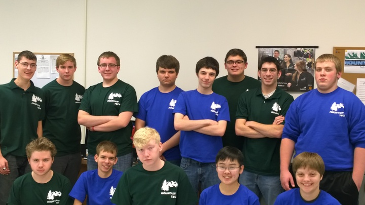 Mountain Tech   Computer Repair Team T-Shirt Photo