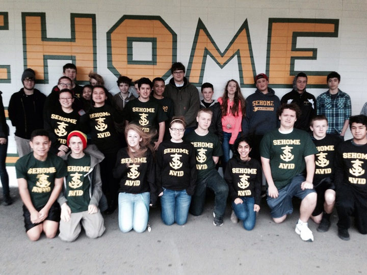 Sehome Hs Avid  T-Shirt Photo
