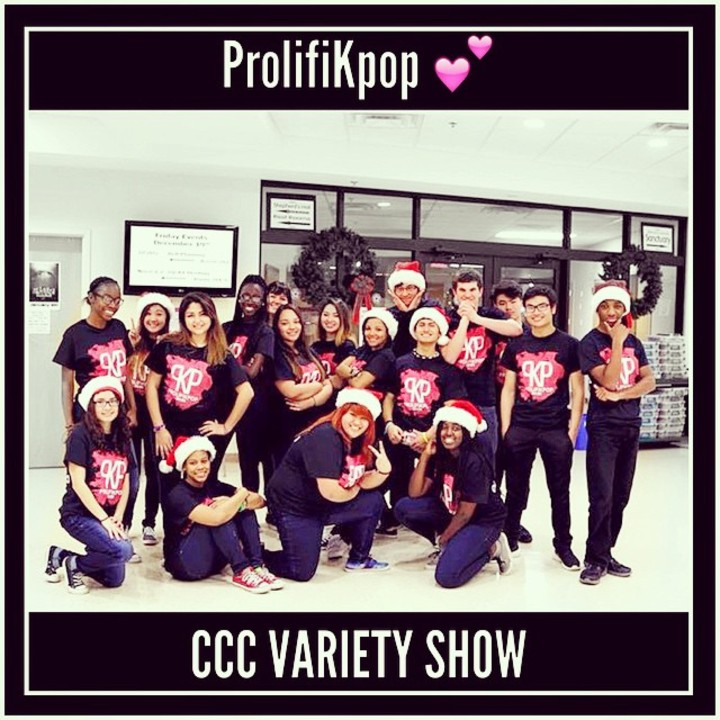 Prolifi K Pop Christmas Performance T-Shirt Photo