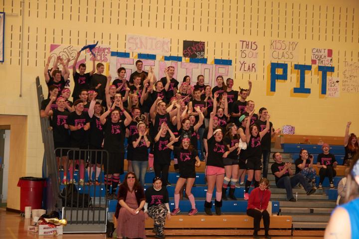 Gateway Regional High School: Senior Pride T-Shirt Photo