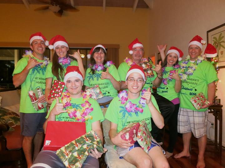 Hawaiian Christmas  T-Shirt Photo